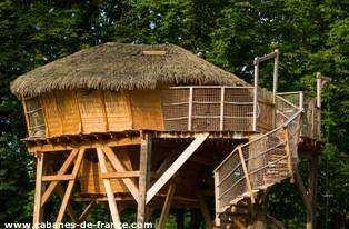 cabane magic maisons laffitte cabane dans les arbres. Black Bedroom Furniture Sets. Home Design Ideas