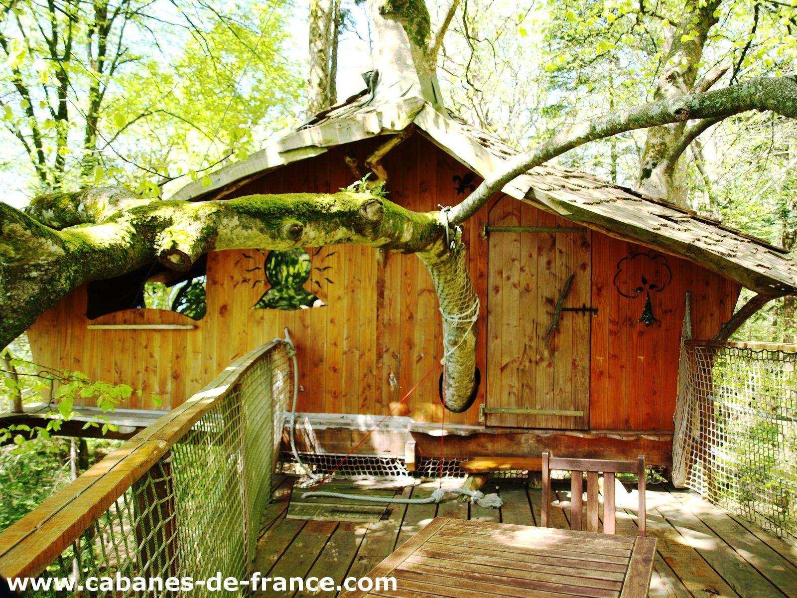 cabane jonquille cabanes de kermenguy cabane dans les arbres en bretagne cabanes de france. Black Bedroom Furniture Sets. Home Design Ideas