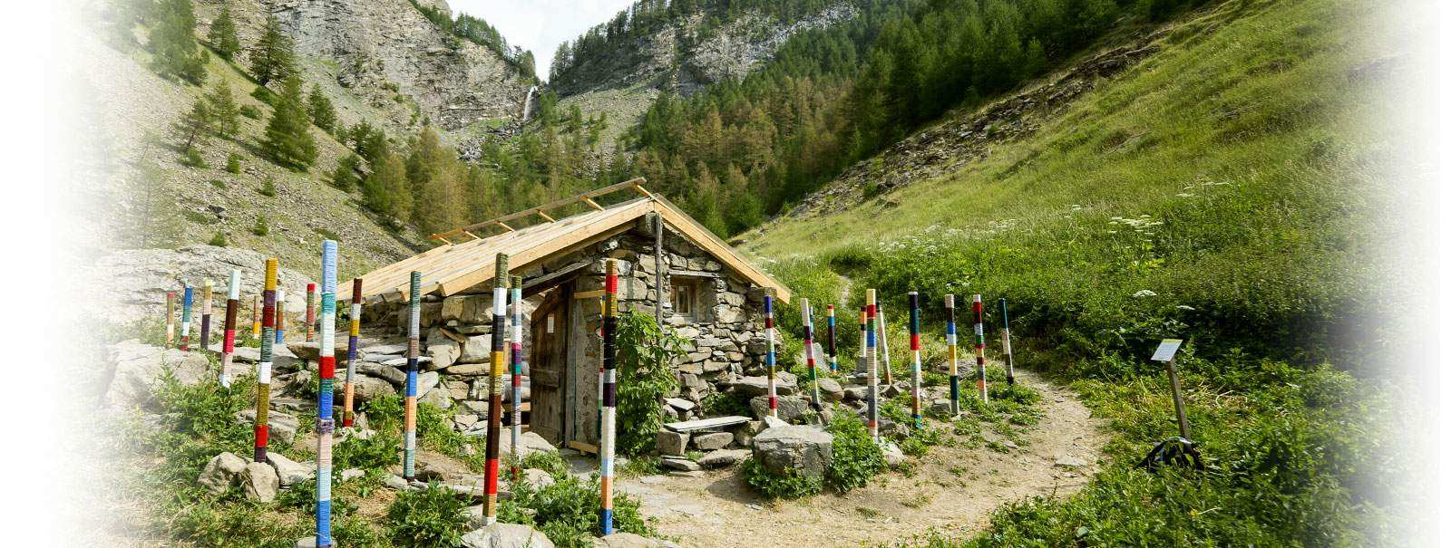 la cabane du berger cabane au sol lodge en provence alpes c te d 39 azur cabanes de france. Black Bedroom Furniture Sets. Home Design Ideas