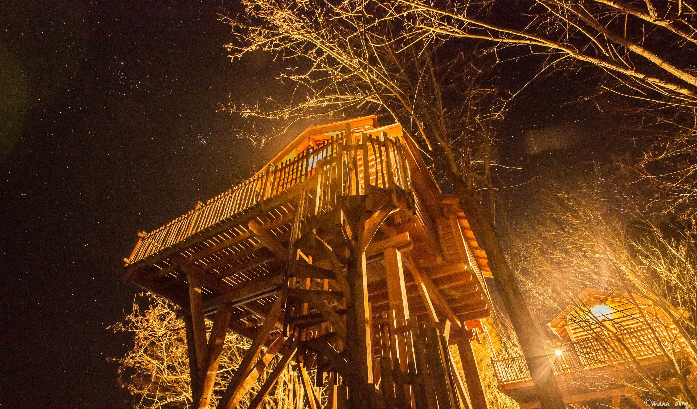 ch teaux dans les arbres domaine ec telia cabane dans les arbres en aquitaine cabanes de. Black Bedroom Furniture Sets. Home Design Ideas